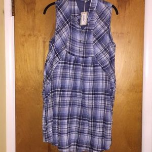 Tunic top blue plaid L. NWT